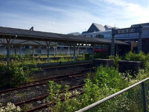 軽井沢駅の廃線跡