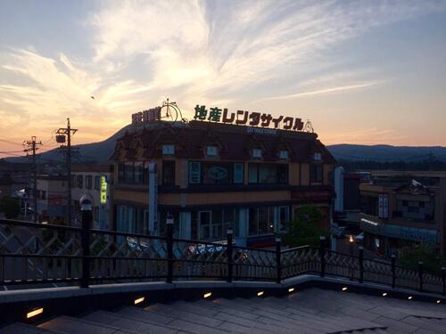 軽井沢駅前のレンタサイクル屋