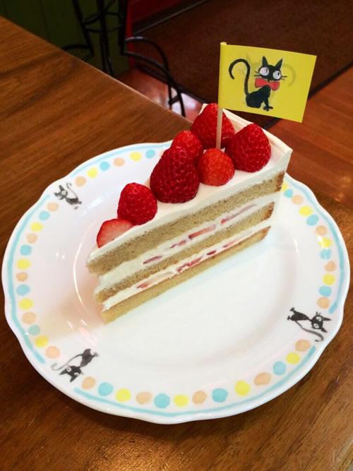 ふぞろいイチゴのショートケーキ
