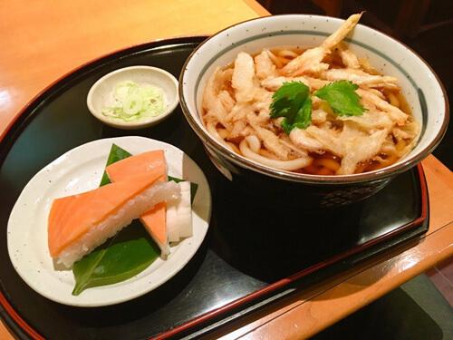 ます寿司と白えびかき揚げ天うどん