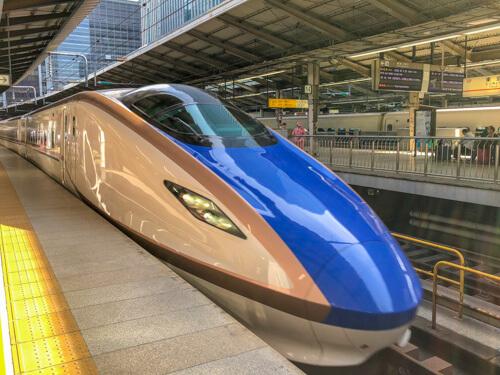 北陸新幹線「かがやき521号」