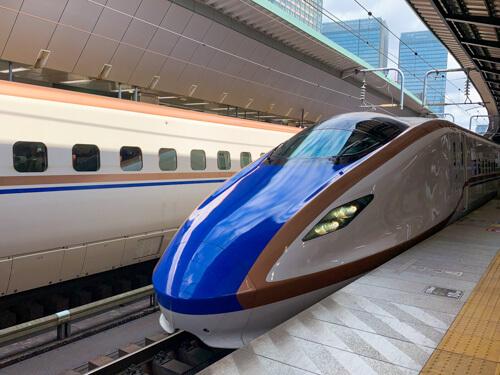 北陸新幹線「かがやき」523号